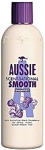 Düfte, Parfümerie und Kosmetik Glättendes Shampoo mit Erdbeere für widerspenstiges und lockiges Haar - Aussie Scent-Sational Smooth Shampoo