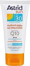 Düfte, Parfümerie und Kosmetik Sonnenschutzcreme für Gesicht mit Q10 SPF 30 - Astrid Sun Protecting Face Cream Q10 SPF30