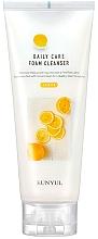 Düfte, Parfümerie und Kosmetik Gesichtsreinigungsschaum mit Zitronenextrakt - Eunyul Daily Care Lemon Foam Cleanser