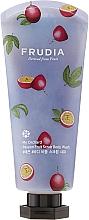 Düfte, Parfümerie und Kosmetik Feuchtigkeitsspendendes Körperpeeling mit Passionsfruchtextrakt - Frudia My Orchard Passion Fruit Scrub Body Wash