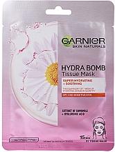 Düfte, Parfümerie und Kosmetik Intensiv feuchtigkeitsspendende und beruhigende Tuchmaske für das Gesicht mit Kamillenextrakt und Hyaluronsäure - Garnier Skin Naturals Hydra Bomb Tissue Mask Camomile