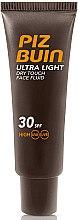 Düfte, Parfümerie und Kosmetik Feuchtigkeitsspendende Make-up Base - Piz Buin Ultra Light Dry Touch SPF30