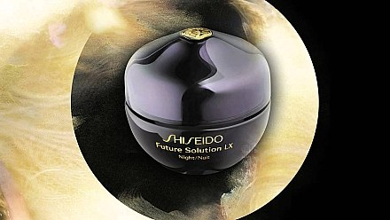 Luxuriöse intensiv regenerierende Nachtcreme - Shiseido Future Solution LX Total Regenerating Cream — Bild N6