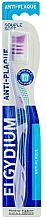 Düfte, Parfümerie und Kosmetik Zahnbürste weich Anti-Plaque violett - Elgydium Anti-Plaque Soft Toothbrush