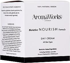 Düfte, Parfümerie und Kosmetik Nährende Tagescreme für alle Hauttypen - AromaWorks Nourish Day Cream