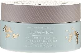 Düfte, Parfümerie und Kosmetik Salz-Körperpeeling - Lumene Harmonia Nutri-Recharging Salt Body Scrub