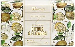 Düfte, Parfümerie und Kosmetik Natürliche erfrischende Handseife mit Zitrus- und Blumenduft - IDC Institute Refreshing Hand Natural Soap Citrus & Flowers