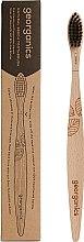 Düfte, Parfümerie und Kosmetik Bambuszahnbürste weich - Georganics Charcoal Soft Toothbrush